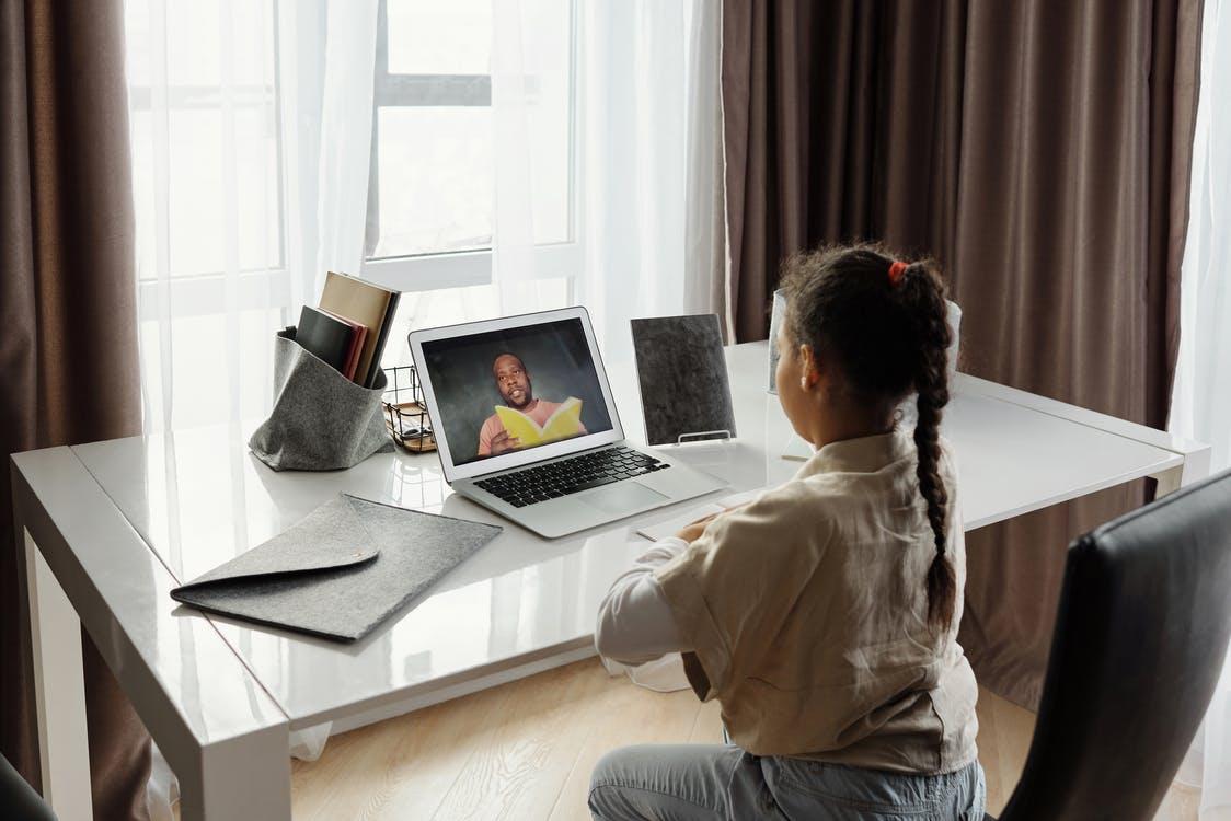 a child attending online school 4