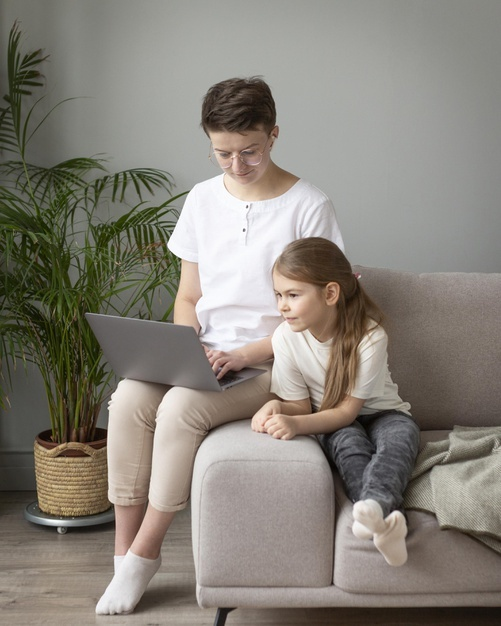 a mother explaining the benefits of online learning to her daughter