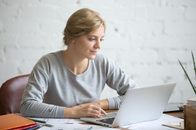 a student attending online school
